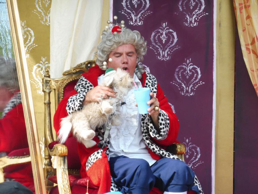 """Kindertheater mit Tom Teuer: """"Die Prinzessin auf der Erbse"""""""